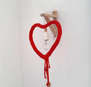 Lámpara corazón de crochet XL