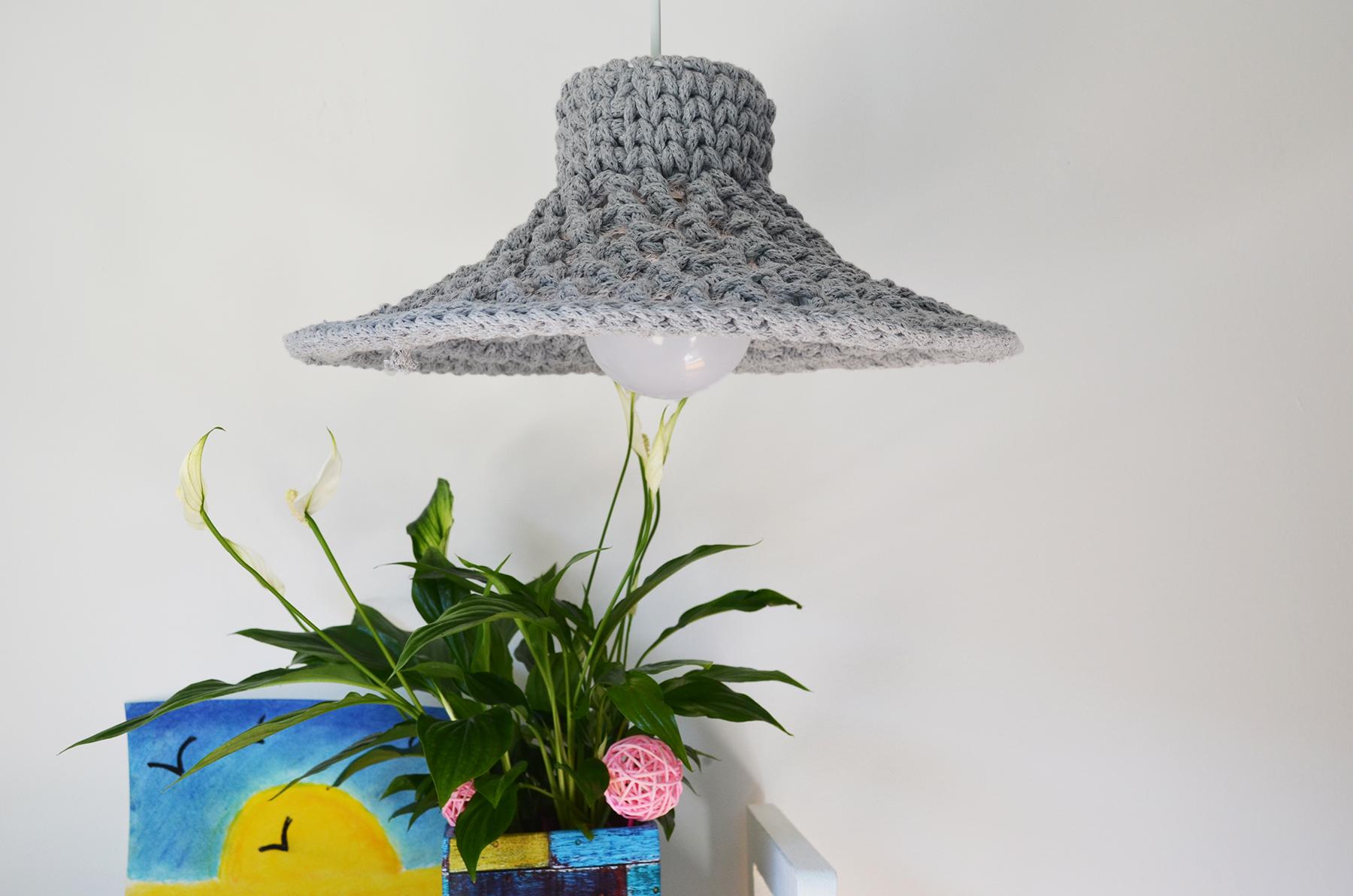 lampara-calada-gris