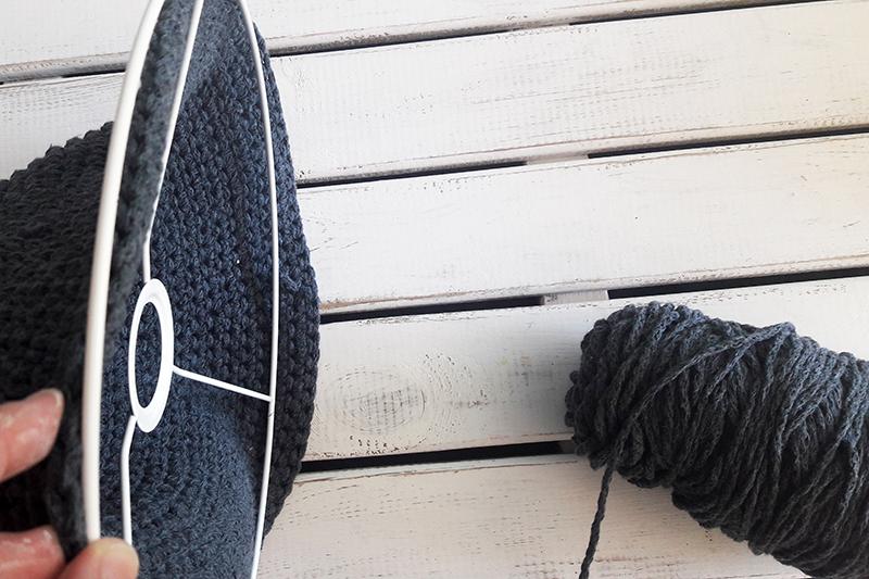detalle-lampara-conica-crochet-xl1