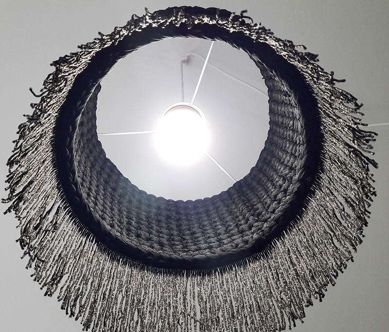 lampara-cilindrica3-colgante-con-flecos-web