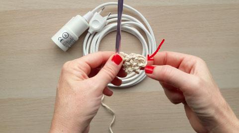 detalle-lampara-cable-colgante-en-crochet-4