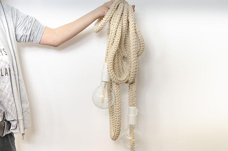lampara-cable-colgante-en-crochet-7